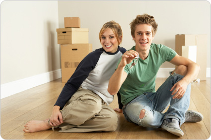 couple-moving_home